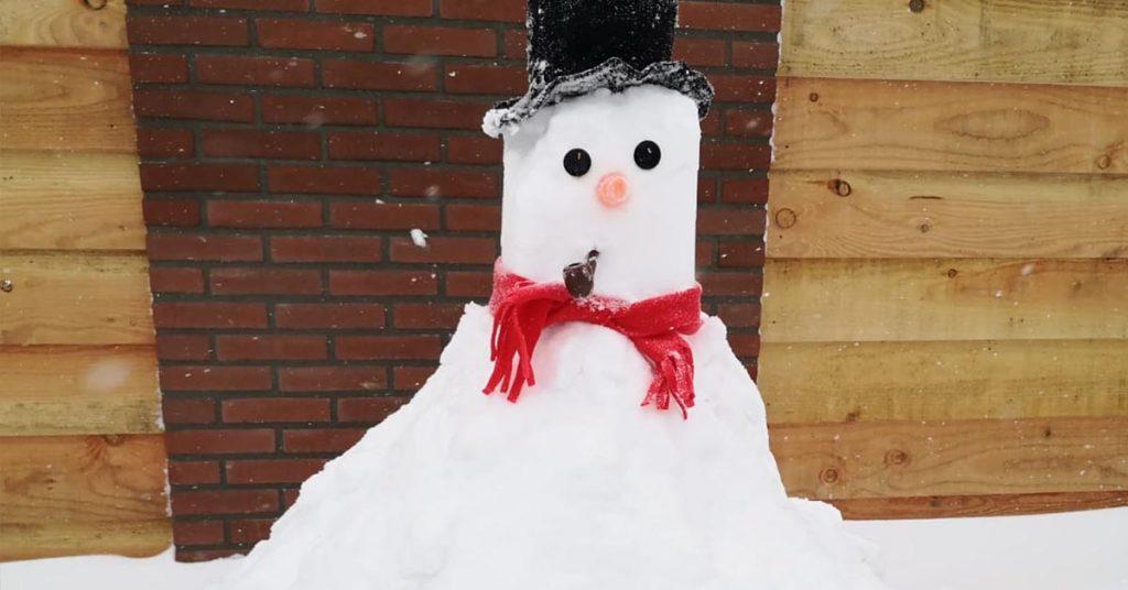 Sneeuwpop - Hier
